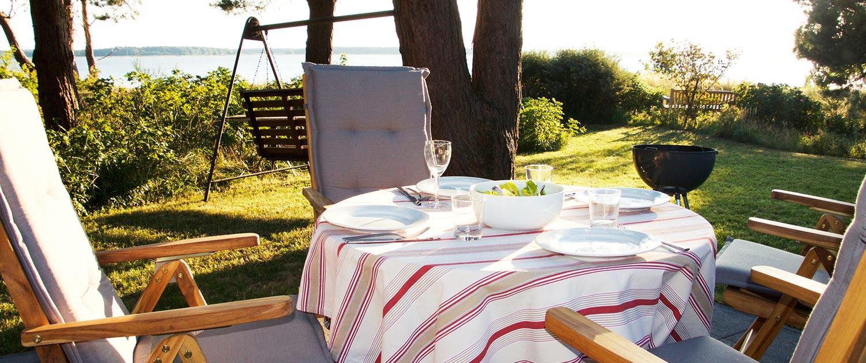 Grillen und Abendessen im Ferienhaus Usedom an Achterwasser und Peenestrom